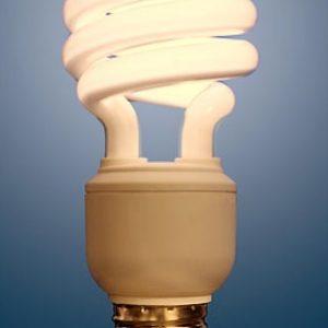 Energisparepære 8W/12V - varme toner