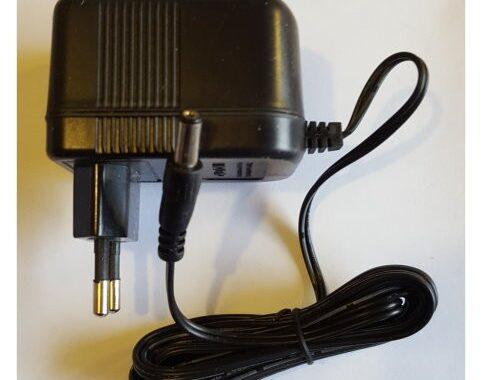 Strømforsyning 7,5 W, 15V DC, 0,5A til ledbånd